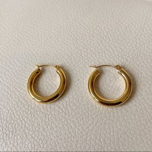 14K Gold 18mm Hoop Earrings